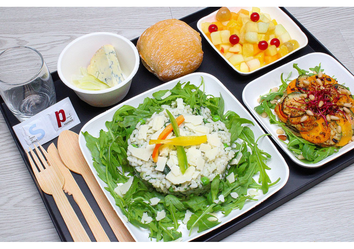 plateau repas risotto verde végétarien